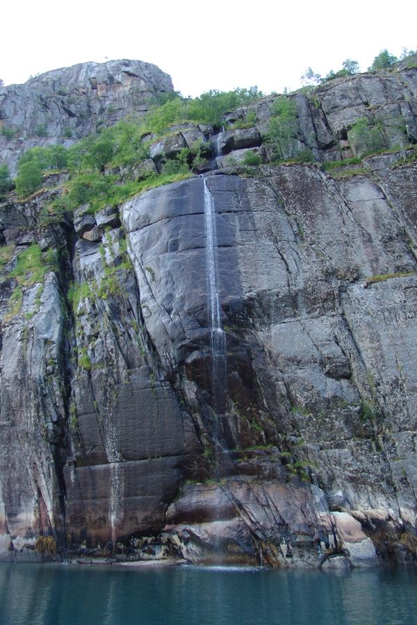 Trollfjorden                        Foto: Ragnhild Sandøy